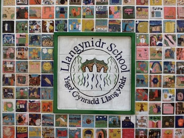 Llangynidr Primary School  Ysgol Gynradd Llangynidr